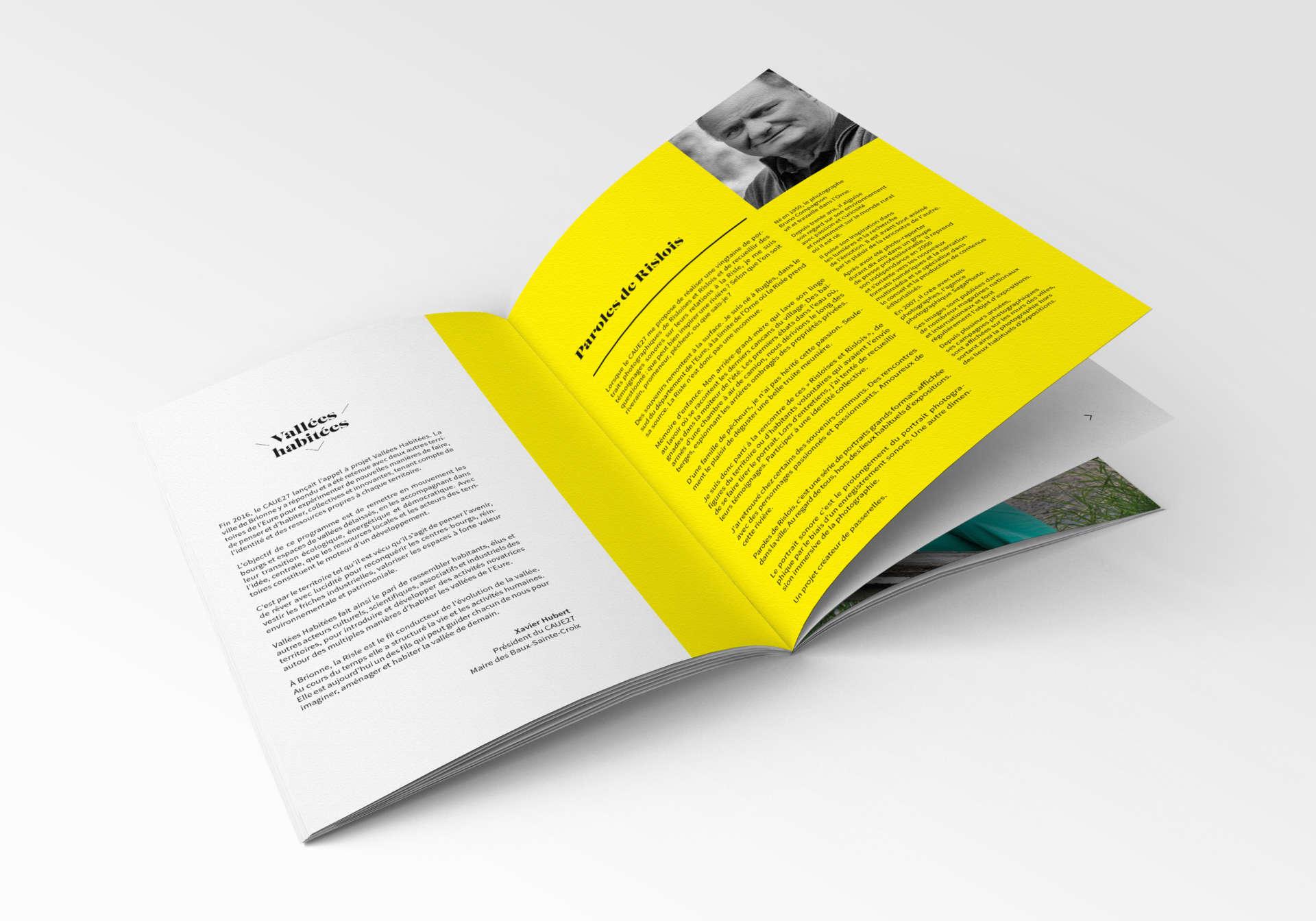 VH-brochure-mockup-03