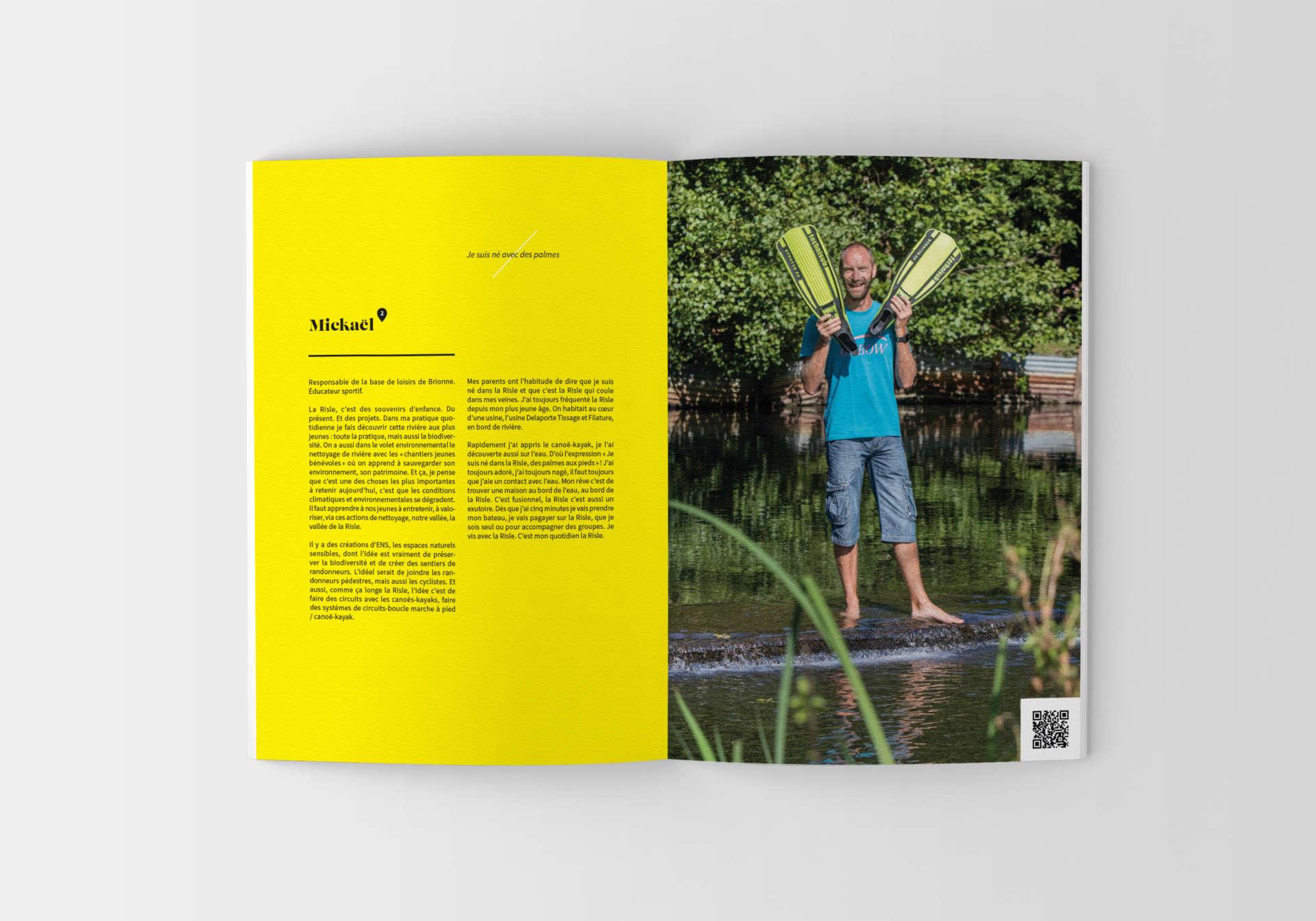 VH-brochure-mockup-07