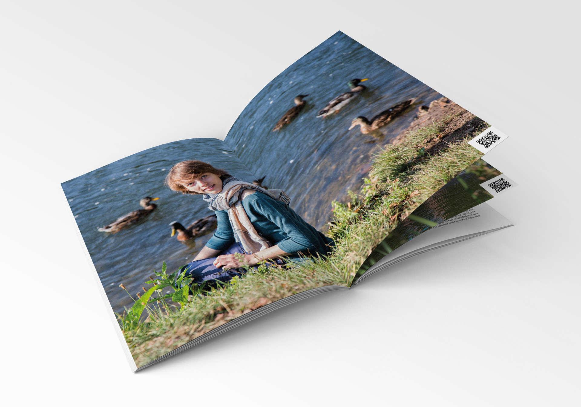 VH-brochure-mockup-08